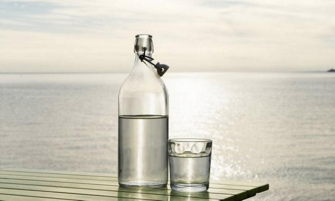Tecnologia converte água do mar em potável em apenas 30 minutos