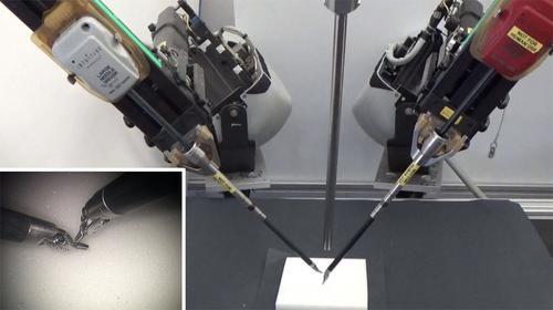 Robô faz maratona de vídeos médicos e aprende a dar ponto cirúrgico